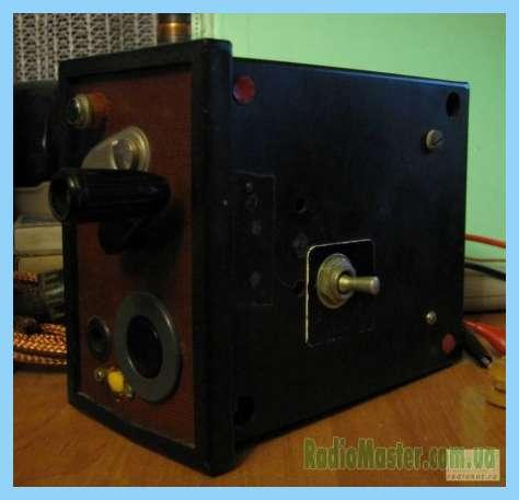 Схемы.  Ремонтконденцаторной взрывной машинки.  Напряжение на индукторе (при Подключение неоновой лампы 4 об./с)...