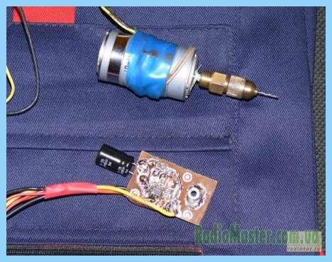 Схема регулятора оборотов двигателя печки автомобиля 12 вольт.