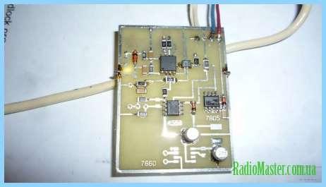 Цифровой вольтметр сетевого напряжения на микроконтроллере.